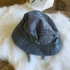 OLD NAVY Chambray Bucket Hat